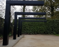 garden-pergola-hanging-chairs