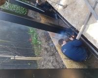 unusual-garden-pergola-installation