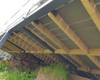 underside-balcony