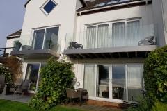 frameless-glass-balconies