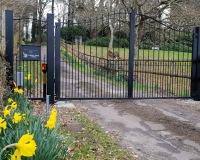 Set-Gates.jpg