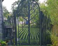 laser-cut-metal-gate