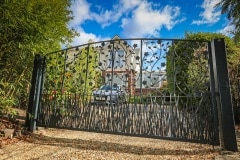 wLymington-Gate-3671c